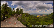 Play virtual tour - Viewpoint at Slavný