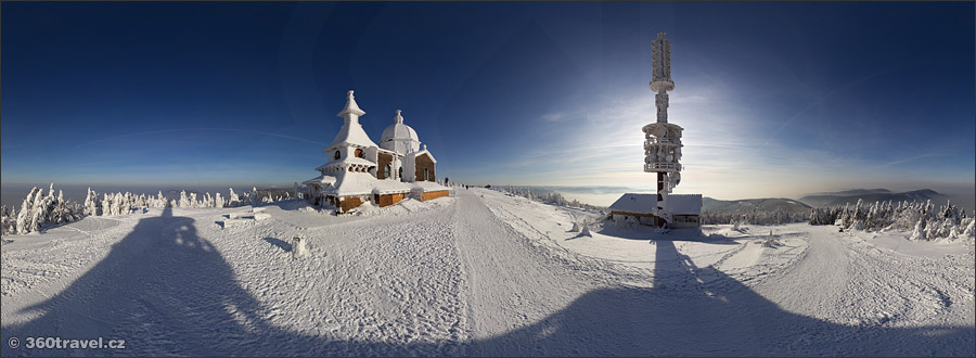 Play virtual tour - Chapel of St Konstantin and Method in Winter