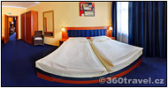 Play virtual tour - Double Bed Room