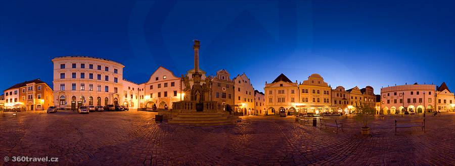Play virtual tour - Main Square in Night