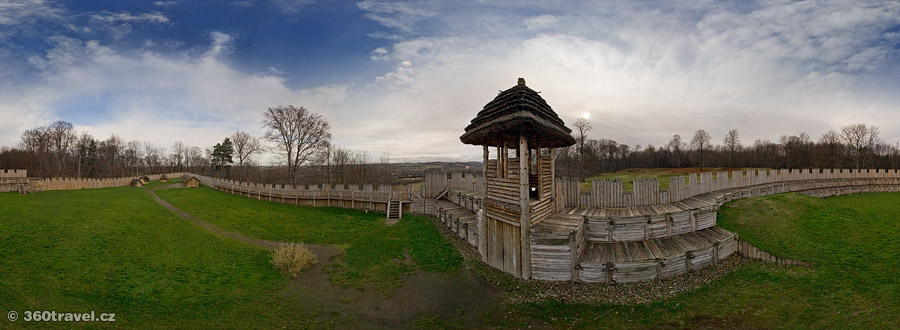 Play virtual tour - Archaeological Park - Tower