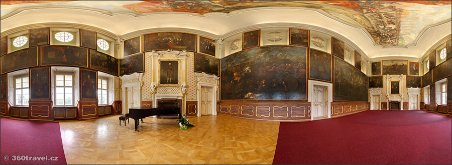 Play virtual tour - Wallenstein Hall