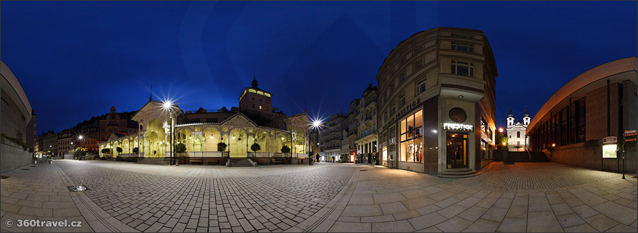 Play virtual tour - Market Colonnade in Night