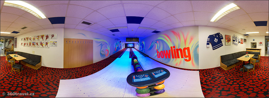 Play virtual tour - Bowling