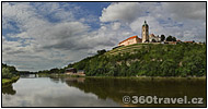 Play virtual tour - Confluence of Labe and Vltava