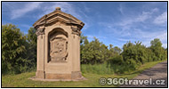 Play virtual tour - Alcove Chapels in Vtelno