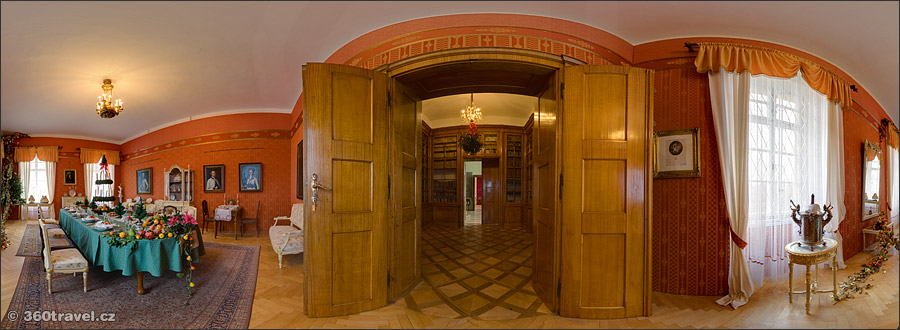 Play virtual tour - Chateau Exposition I