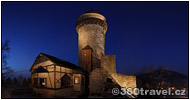 Play virtual tour - Castle in the Night